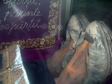 Moastele Sf Ioan Iacob de la Neamt - Hozevitul 4