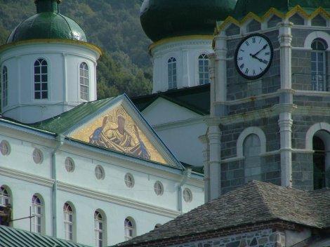 9. Man Sf Pantelimon, Sf Munte Athos, unde s-a nevoit Sf Siluan Athonitul 10