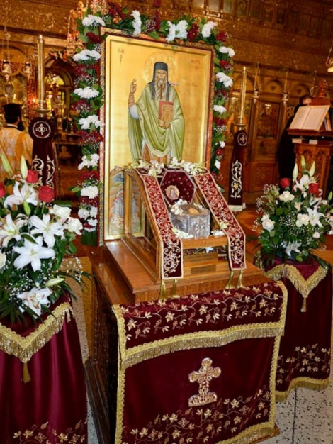 4. Sf Cuv Teofan cel Nou, sihastru in Muntele Nausa din Macedonia (sec XVI) 2.1 moastele sale