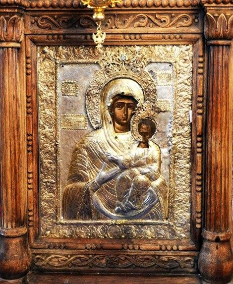 1. Icoana facatoare de minuni a Maicii Domnului din Manastirea Glavacioc 1.1