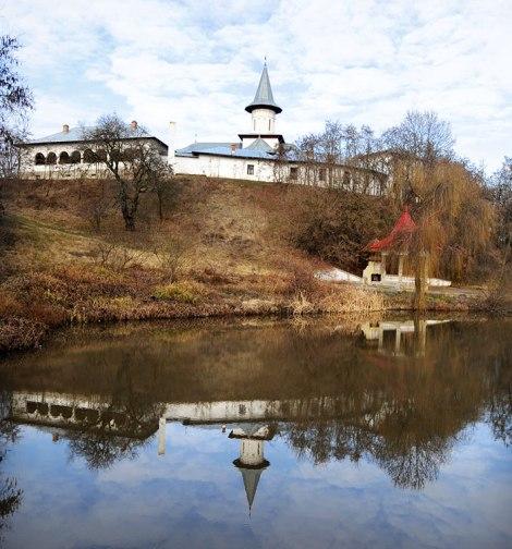 1. Manastirea Glavacioc 1