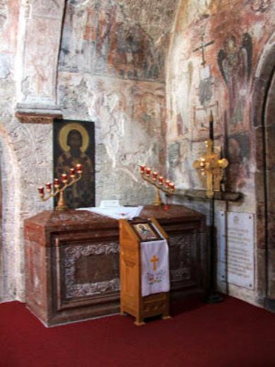 7. Sf Sava I, arhiep Serbiei (1236) 2 mormantul aflat in Man Miliseva, Serbia