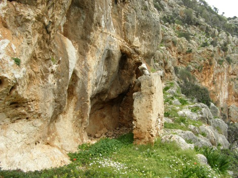 2. Sf Cuv Ioan pustnicul și cei 98 de pustnici împreună cu dânsul din Creta, Grecia 10