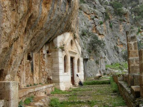 2. Sf Cuv Ioan pustnicul și cei 98 de pustnici împreună cu dânsul din Creta, Grecia 11