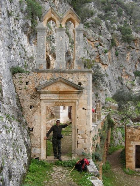 2. Sf Cuv Ioan pustnicul și cei 98 de pustnici împreună cu dânsul din Creta, Grecia 12