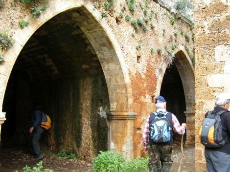 2. Sf Cuv Ioan pustnicul și cei 98 de pustnici împreună cu dânsul din Creta, Grecia 13