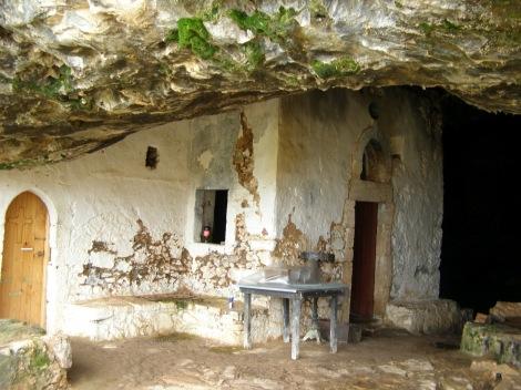 2. Sf Cuv Ioan pustnicul și cei 98 de pustnici împreună cu dânsul din Creta, Grecia 18