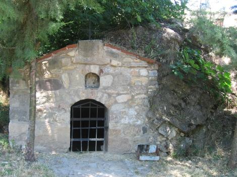 Sf. Cuv Prohor, staretul din pustia Vranski de pe raul Pşina, Bulgaria 7 pestera