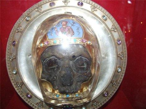Cinstitul cap al Sf Prooroc Ioan Botezatorul 1